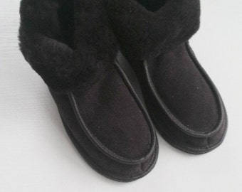 Women Sheepskin  slippers Winter fur boots Leather moccasins Warm slippers leather shoes pure sheepskin size