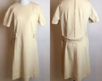 S/M 1960s Mod Cream Twiggy Shift Dress Small Medium