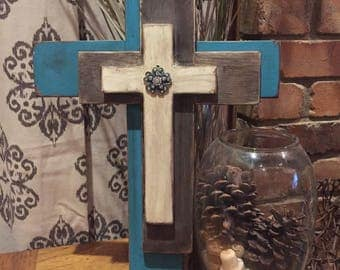 STACKED WOOD CROSS