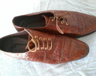 Vintage crocodile leather shoes size 38 see small 39
