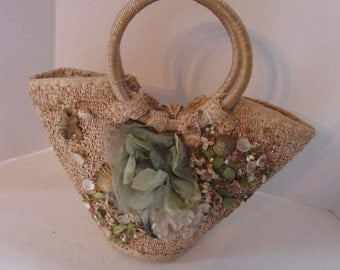 Vintage Summer Tote Straw Resort Purse Chipped Straw Tote Seashell Purse Made in Japan Gold Glitter Design Vintage Accessories Straw Handbag