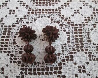 Vintage Boho Hippie Appleseed/Ipil Ipil Seed Clip Back Earrings  Circa 1960's  #17083