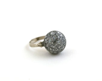 Silver glitters and flakes matte eco resin sphere adjustable ring