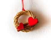 Heart miniature wreath for doll house, Christmas miniature wreath for diorama, gift for miniature collector, doll house miniature decoration