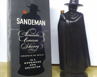 Vintage 1969 Wedgewood Don Decanter Sandeman Armada Cream Sherry bottle with box