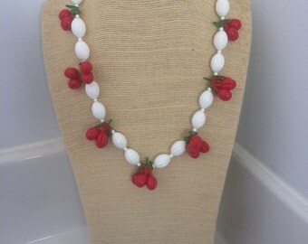 Plastic cherry jubilee necklace 1930