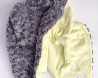 Minky Snuggle Blanket - Minky Baby Blanket - Handmade Baby Blanket, Newborn Modern Baby, Snuggly Baby Blanket, Soft Baby Blanket, Bumblebee