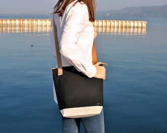 Waxed canvas crossbody bag with zipper, leather messenger bag, black bag, water resistant carryall, sling bag crossbody