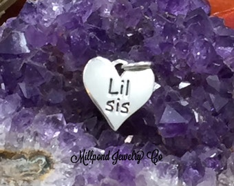 Lil Sis Charm, Lil Sis Pendant, Lil Sis Quote Charm, Sisters Charm, Sterling Silver Charm, Quote Charm, PS01657