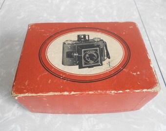 Vintage 1930's AGFA Camera and Empty Argus Flash Unit Box