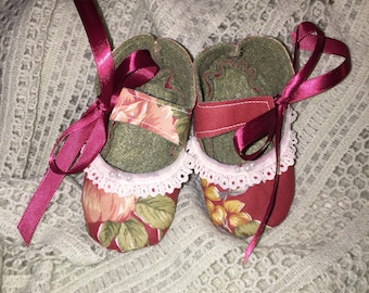 Adorable flower print baby girls cotton & felt Mary Jane booties shoes