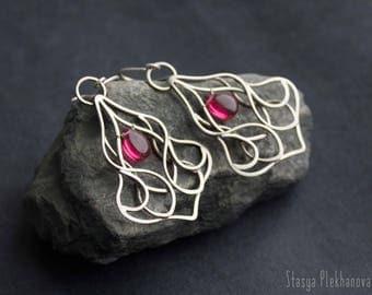 Quartz earrings,  Wire work earrings, Silver earrings, Dark pink quartz earrings