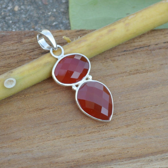 Sterling Silver Statement Pandant, Oval Facited Red Onyx Pandant, Onyx Pandant, Red Pandant,Bezel Set Pandant,Birthstone Pandant,Red Pandant