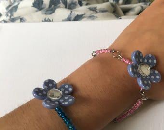 Blue flower with beads bracelets