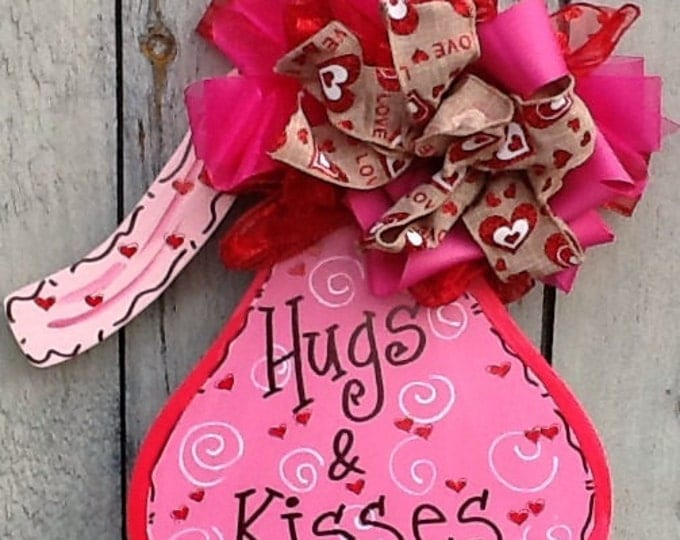 Valentines sign, valentines door hanger, sweetheart sign, candy kiss sign, hugs and kisses sign, love door sign, love sign, valentines decor