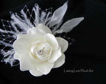 Bridal Hair Flower, Bridal Hair Accessory, Bridal Hair Comb, White Hair Comb, Winter Wedding Hair Comb, Ostrich Feather Hair Comb