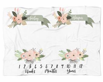 Twins Milestone blanket , Monthly blanket, Personalized Baby Blanket, Baby blanket,  swaddle blanket, Custom Blanket, Watch me grow
