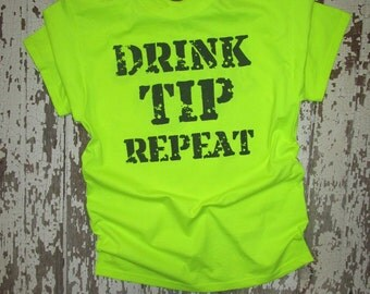 Funny Bartender TEE so customers KNOW the right thing to do! Great gift for your Bar Tender Buddy!