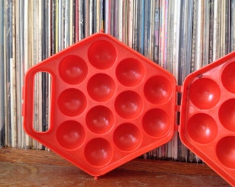 Retro Egg Basket