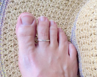 Toe ring, silver toe ring, toe rings, rings for toes, summer jewelry, sterling silver, surfer body jewelry