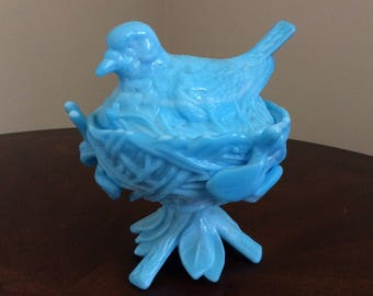 Pretty! Blue And white Milk Glass Westmoreland Bird on a Nest Covered Candy Dish.