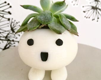 """Plant pot """"Baby Oddish"""""""