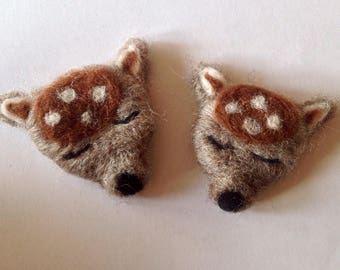 Deer brooches needle felting kit using Bitish wool with full colour, easy to follow instructions GRADED:  EASY
