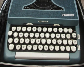 Vintage Penncrest Penny's Electric Typewriter With Case