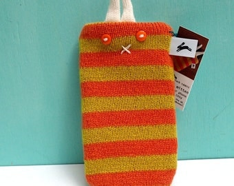 Media mitten - phone cosy cover - in orange and yellow wool stripes