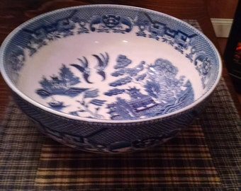blue willow 9 1/2 inch round bowl