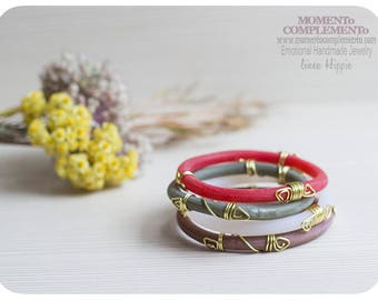Boho style bangles handmade polymer clay and golden wire. Tribalic & lightweight bracelets of Aztec inspiration for girls and women.