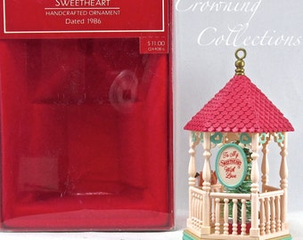 1986 Hallmark Sweetheart Gazebo Keepsake Ornament Complement to Nostalgic Houses and Shops Series in box Vintage