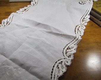 Linen and Lace Rectangular Table Cover