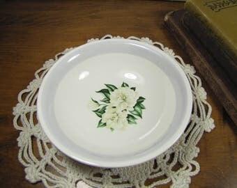 Homer Laughlin - Nautilus - Berry Bowl - Dessert Bowl - Gray Band  - White Gardenias
