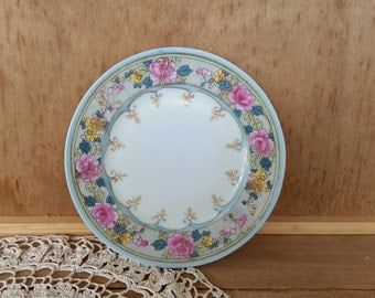 Vintage handpainted small floral plate/ .So pretty / Made in Japan