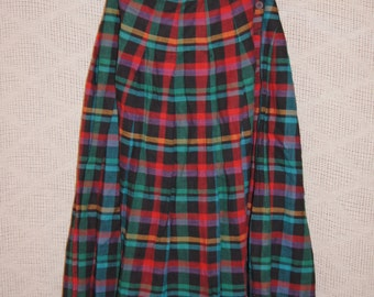 Vintage 1970's - Full Length Plaid tartan tissage skirt - Size 8 - red and green and teal plaid with buttons on the top - long shirt