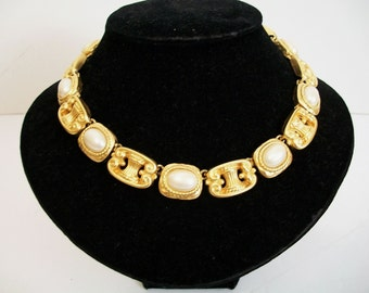 Statement vintage necklace and pin / brooch combo.  Luxe gold and faux pearl.