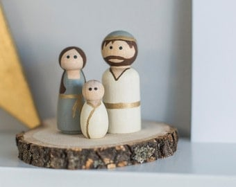 Miniature Wooden Peg Doll Nativity Set With Wood Platform