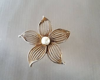 """Vintage Large Sarah Coventry Flower Brooch Pin 3"""""""