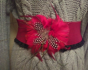 Belt elastic wide and large red flower in feathers