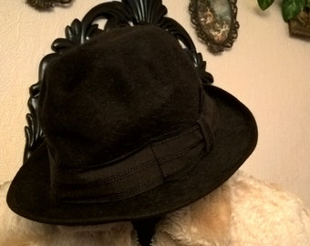 Hat vintage Made in Italy in Brown wool