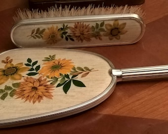Set brush hair and mirror vintage