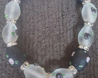 Pretty Black Beaded Bracelet