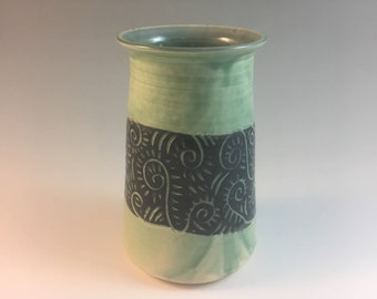 Handmade Pottery Mini Vase, Flower Vase, Ceramic Vase, Sgraffito Vase, Small Vase, Green Vase