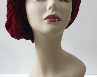 1950's Crimson Red Crushed Velvet Slouch Turban | Emme Boutique