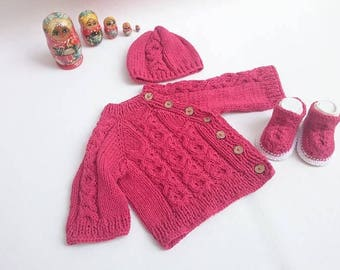 Newborn baby boy girl coming home outfit, Baby sweater hat set, baby cardigan hat set, baby sweater booties set, baby cardigan booties set,