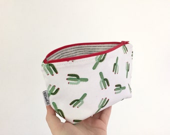 Cactus zipper pouch with waterproof lining. Makeup pouch, pencil case, cacti pouch, small pouch
