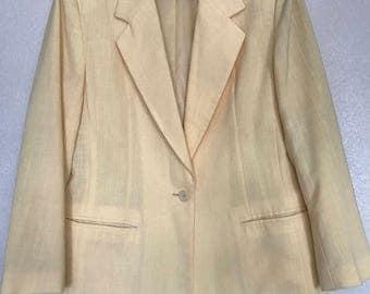 CLEARANCE Yellow Leslie Fay sportswear blazer