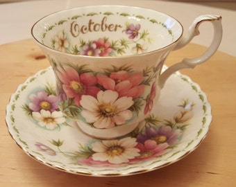 """Royal Albert Bone China Flower of the Month Series OCTOBER Cup and Saucer """"Cosmos"""", Made in England"""