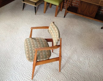Mid century Modern Chair American of Martinsville Captain's dinning room or side chair  - Very Comfortable - Excellent shape
